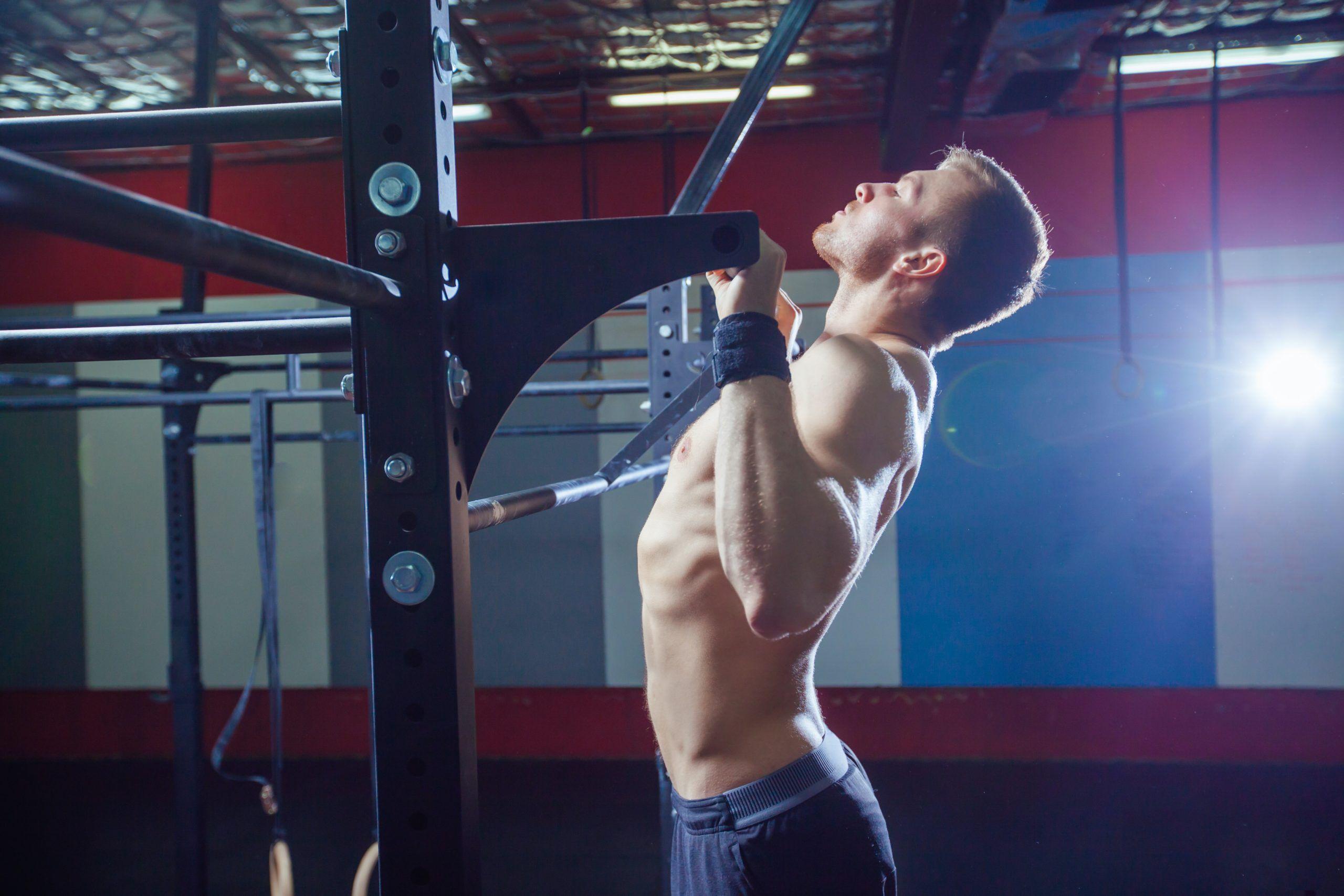 CrossFit pull ups Fran